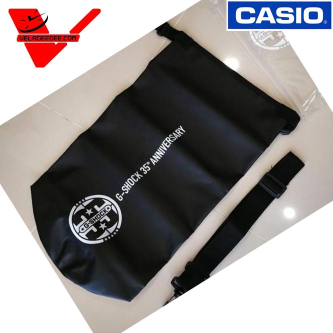 กระเป๋ากันน้ำ G-Shock ขนาดใส่ของได้ 10 ลิตร ใส่ลุยกิจกรรมทางนำ้ได้เลย กระเป๋ากันน้ำ G-Shock ของแท้ ฉลองครบ 35th anniversary